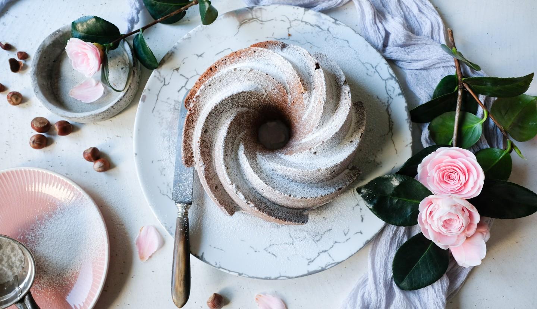 Κέικ βανίλιας με φουντούκια
